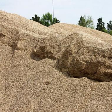Купить крупнозернистый песок в Саратове